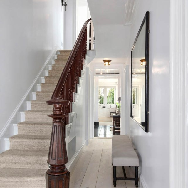 1_Front_Hallway_Stairs_1462997410
