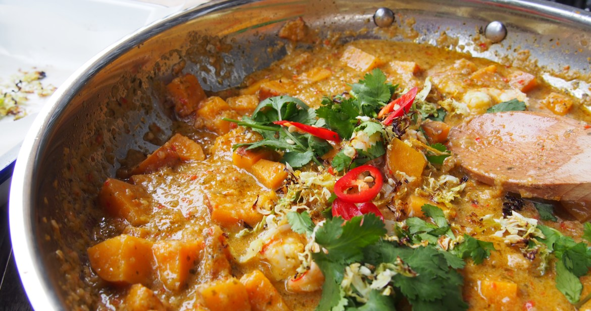 Superfood Sweet Potato & Prawn Curry, The Rosedog Blog, www.therosedogblog.me
