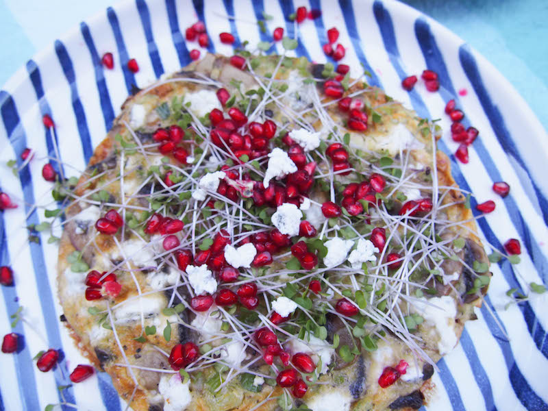Goat Cheese, Spring Onion & mushroom Omelette with Pomegranate Seeds, Seasonal Cooking, Recipes by Rosie, www.therosedogblog.me