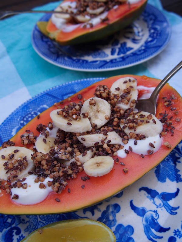 Papaya Boats, Delicious and simple breakkie recipe By rosie, www.by-rosie.com