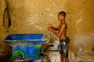 hard working boy, Ghana, Atsiekpie, village