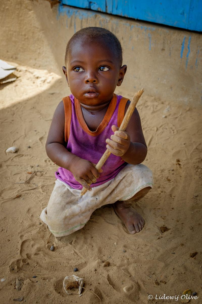 sweet little child, Ghana, Atsiekpie, village