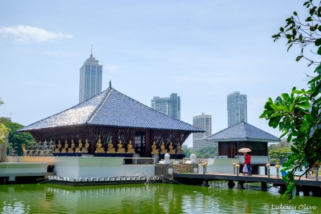 Buddhist temple in modern Colombo