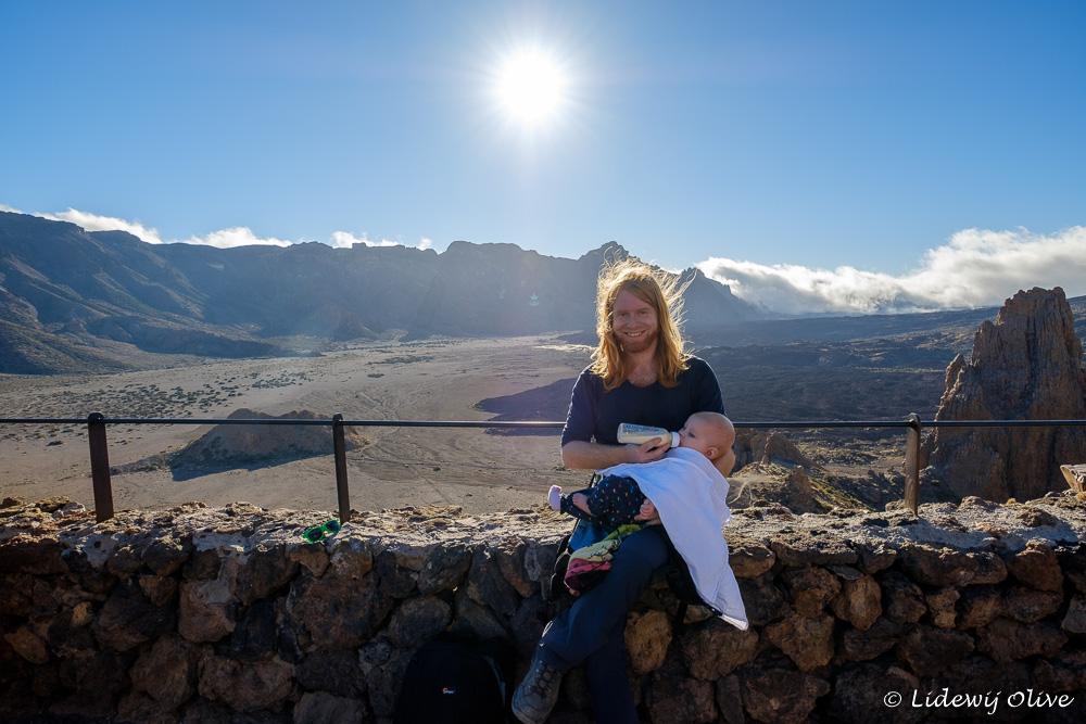 Feeding with a view in El Teide