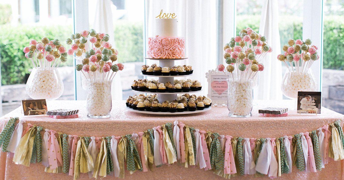 cakesportlandor wedding cake pops http www lovethesweetlife com Wedding Cake Dessert Table