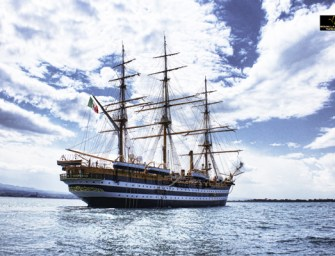 Amerigo Vespucci in Calabria, la storica nave approda a Corigliano Calabro
