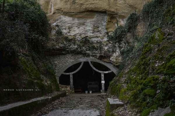 08. la grotta in cui visse Elia Speleota