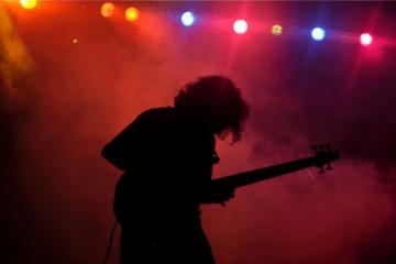 sankho-bassist