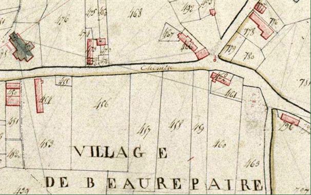 Le calvaire apparaît déjà sur ce plan cadastral de 1813 P 31 / 661 Section A 779