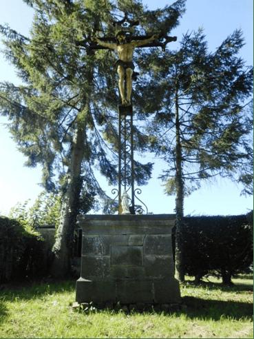 Calvaire érigé en 1911