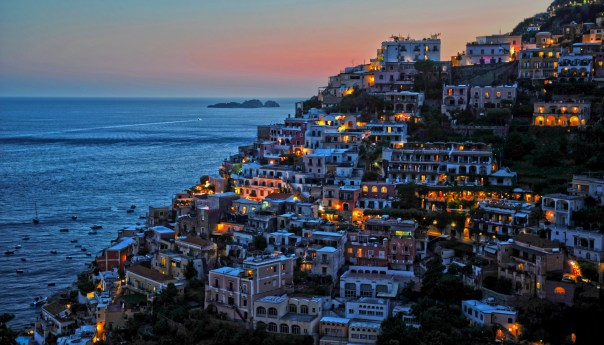 Napoli, classificati i comuni sulla costa