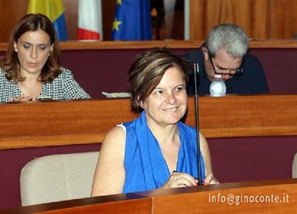 Anna Attrice assessore all'Istruzione