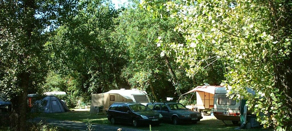 Emplacements camping au calme