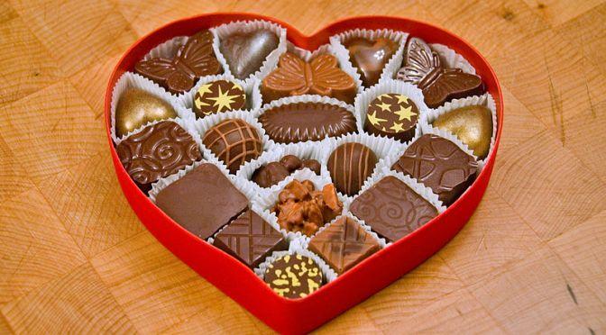 800px-Valentines_Chocolates