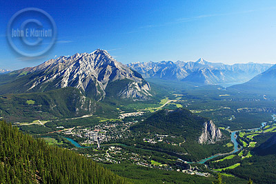 The view from Sulphur Mountain on the Banff Gondola