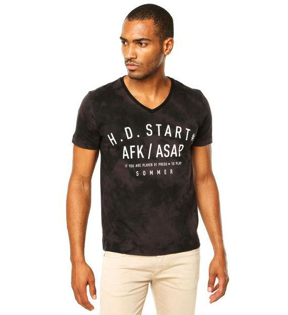 sommer-camiseta-preta-dafiti