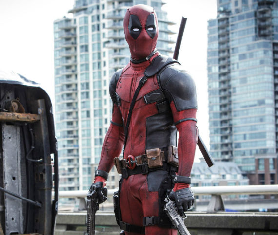 deadpool-video-touch-yoursef