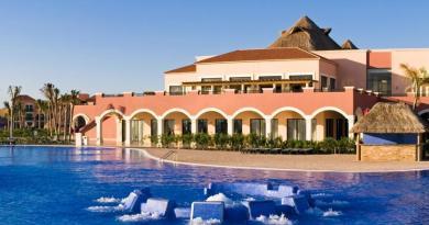 Ocean Coral & Turquesa All Inclusive Resort