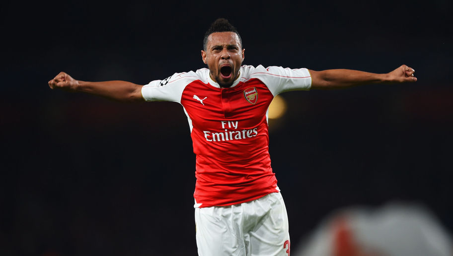 LONDON, ENGLAND - OCTOBER 20: Francis Coquelin of Arsenal celebrates as Olivier Giroud scores their first goal during the UEFA Champions League Group F match between Arsenal FC and FC Bayern Munchen at Emirates Stadium on October 20, 2015 in London, United Kingdom. (Photo by Shaun Botterill/Bongarts/Getty Images)