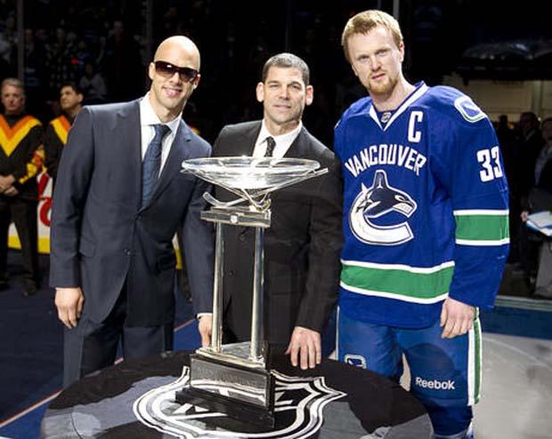 Daniel Sedin, Manny Malhotra, Vancouver Canucks