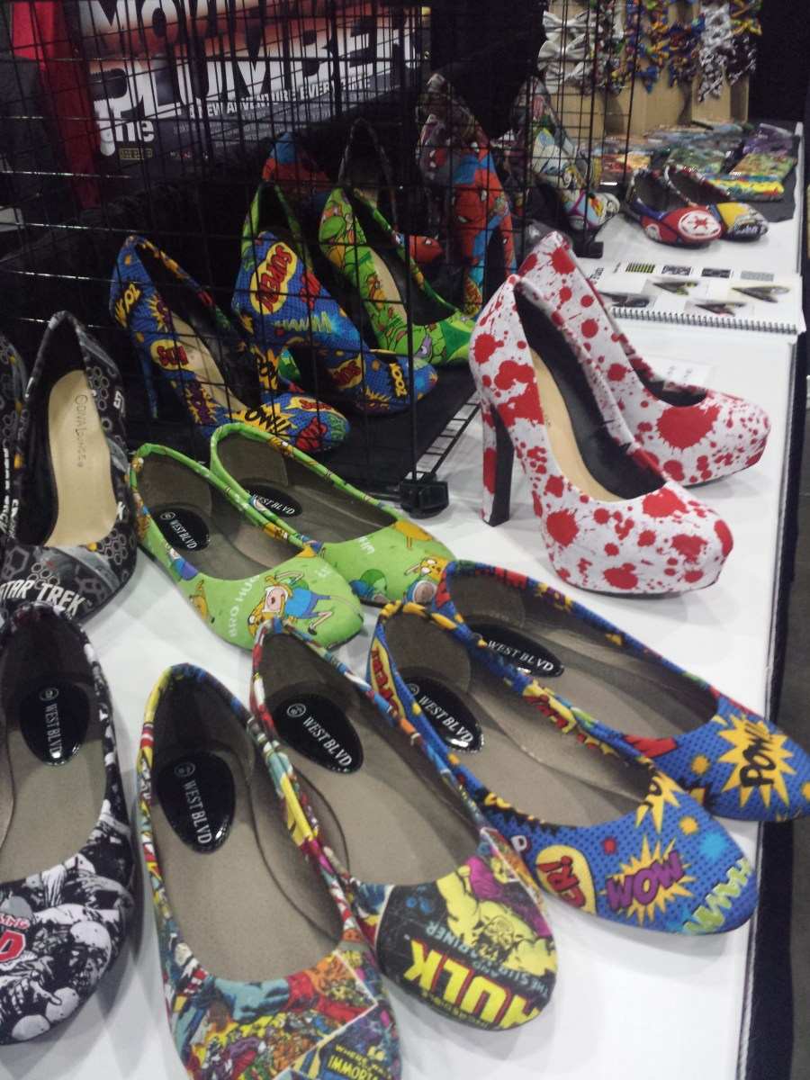 EmmaLee Accessories at Comikaze 2014