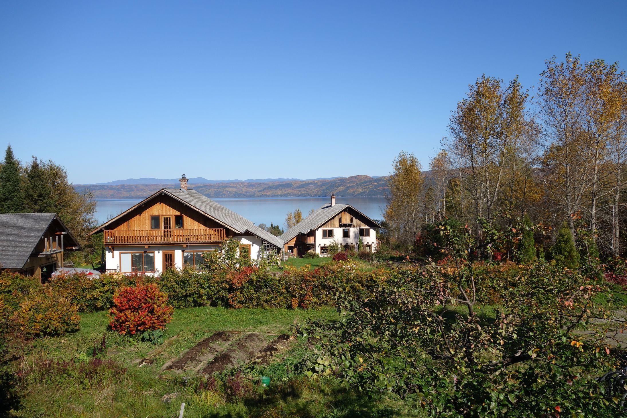 Eco-hameau de la Baie / Le GREB