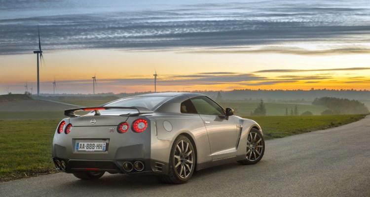 Nissan GT-R (8)