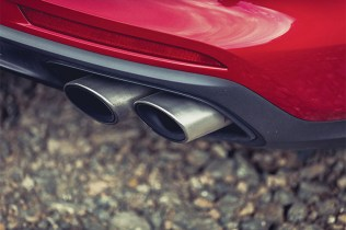 Mercedes-AMG_E63_S5