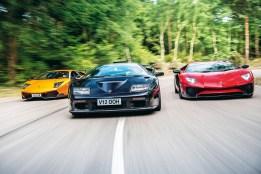 Lamborghini Diablo: Motore (GT) 5.992cc 48v V12, 575 cv @ 7.300 giri/min, 630 Nm @ 5.500 giri/min Prestazioni 0-100 km/h in 3,9sec, 340 km/h Peso 1.460kg Lunghezza/larghezza/altezza 4.430/2.040/1.115mm