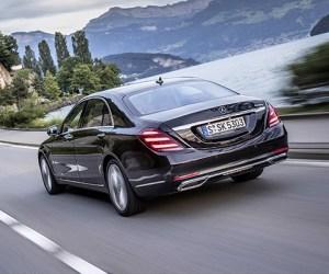 Mercedes-BenzS 400 d 4MATIC, designo mokkaschwarz metallic, Leder Exklusiv Nappa mahagonibraun/seidenbeige, Kraftstoffverbrauch kombiniert: 5,2 l/100 km; CO2-Emissionen kombiniert: 135 g/km //  Mercedes-BenzS 400 d 4MATIC, designo mocha black metallic, exclusive nappa leather mahogany brown/silk beige, fuel consumption combined: 5.2 l/100 km; combined CO2 emissions: 135 g/km