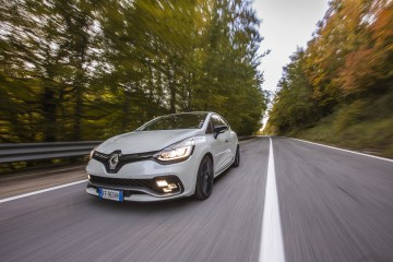 Renault Clio TCe 200 cv EDC RS Trophy
