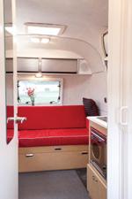 Airstream Bambi Lounge