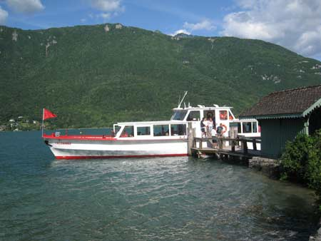 Ferry on the lac d'Annecy