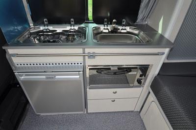 Bilbo's-celex-Volkswagen-camper-kitchen-unit