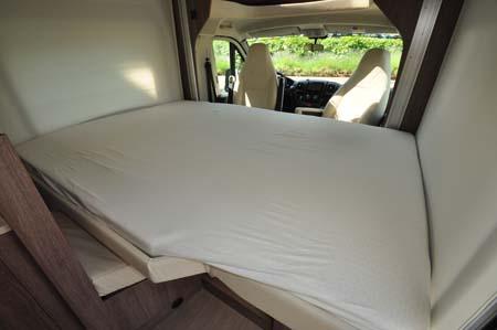 Burstner Ixeo Time IT590 Bed