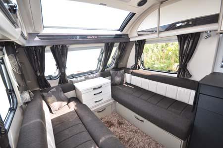 Sterliing Elite 560 Lounge