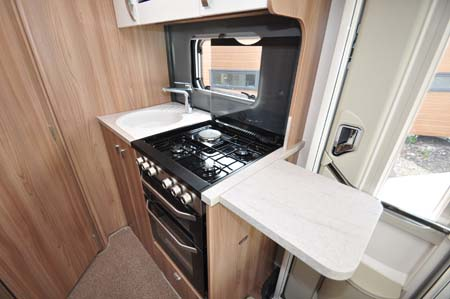 Swift Rio 310 kitchen