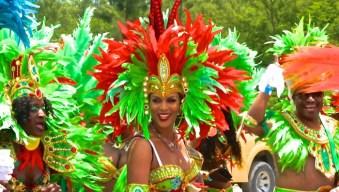 Capturing the vibrant beauty of Bahamas Carnival 2015