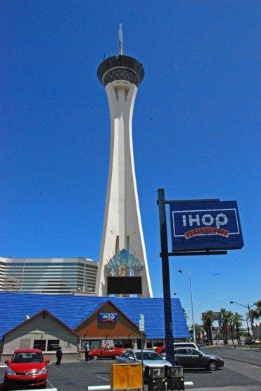 Torre Stratosphere & Ihop