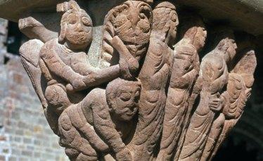 Capitel del Claustro del Monasterio de San Juan de la Peña. Caín Matando a Abel