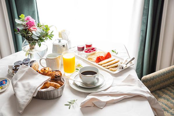 Hotel Maria Cristina in San Sebastian - Breakfast