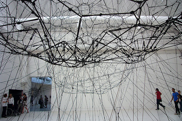 Tomas Saraceno, Galaxies Forming along Filaments, like Droplets along the Strands of a Spider's Web