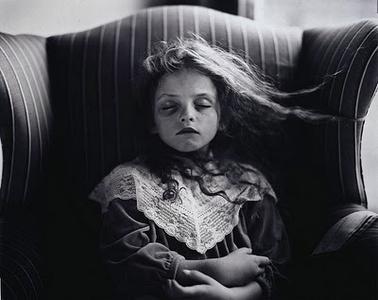 11859377_sally-mann-fotografia-tra-amore-morte-maestri-della-fotografia-0