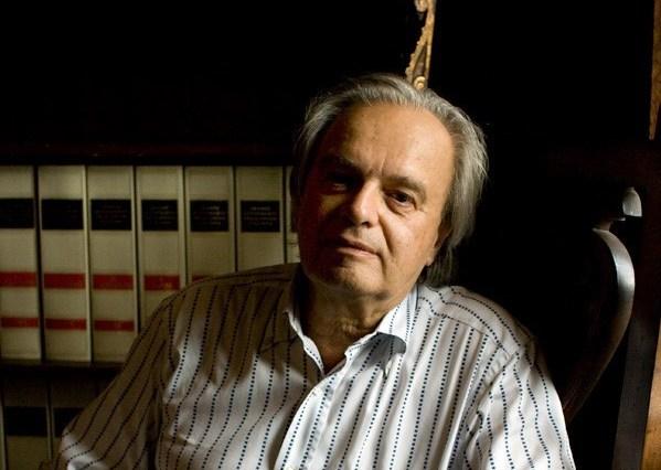 Paolo Valesio-biblioteca