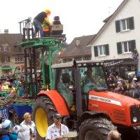 Karnevalswagen mit integriertem Looping