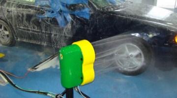 The DuraBlaster™ Wheel Cleaner