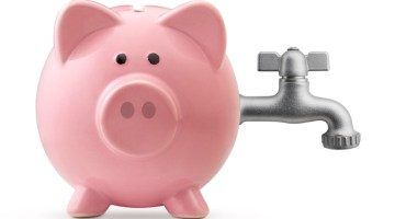 Piggy bank with tap