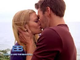 Hope e Liam bacio