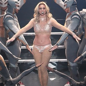 Britney Spears fisico