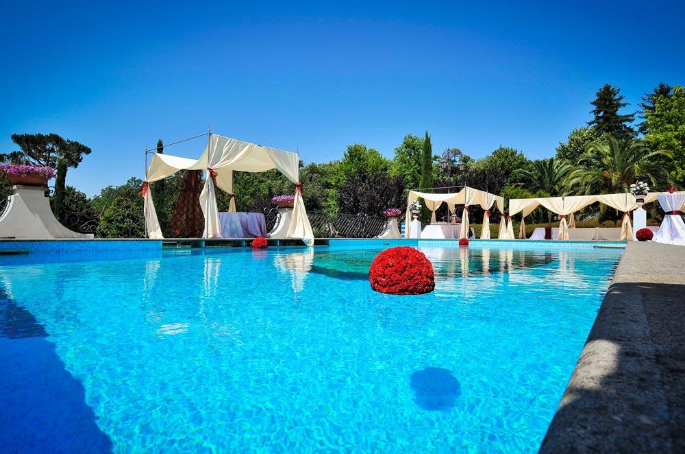 Villa Marta Madama visuale esterna piscina